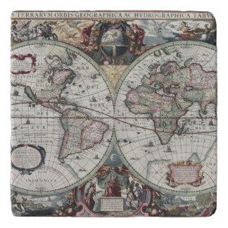 Old World Map 1630 Trivet
