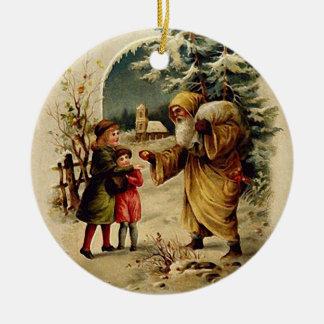 Old World Santa Ornament (Circle)