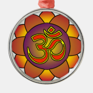 Om_in_anahatta_(gradients) Silver-Colored Round Decoration