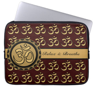 Om Laptop - Pick your background color. Laptop Sleeve