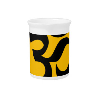Om Symbol, black circle with gold Pitcher