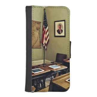 One Room Schoolhouse In New Jersey iPhone SE/5/5s Wallet Case