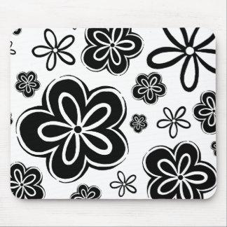 Oopsy-daisy Mousepad