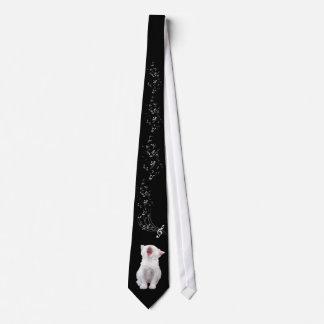 Operatic kitty tie