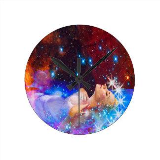 Ophelia Round Clock