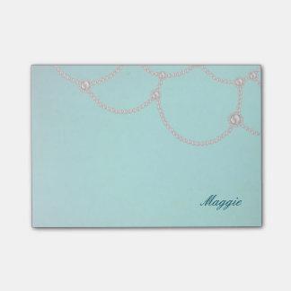 Opulent Pearls and Aqua Post-it Notes