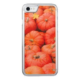 Orange pumpkins at market, Germany Carved iPhone 8/7 Case