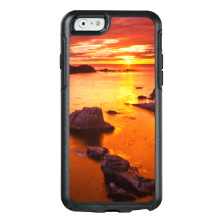 Orange seascape, sunset, California OtterBox iPhone 6/6s Case