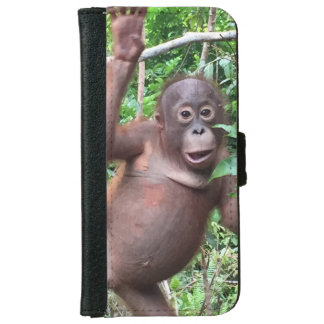 Orangutan Waves Hi in Kalimantan Jungle iPhone 6 Wallet Case