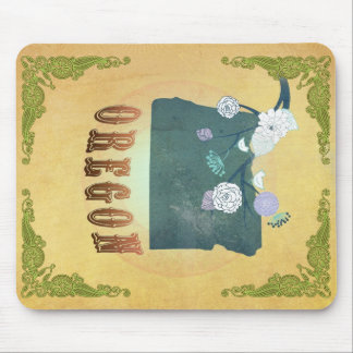 Oregon Map With Lovely Birds Mouse Pad