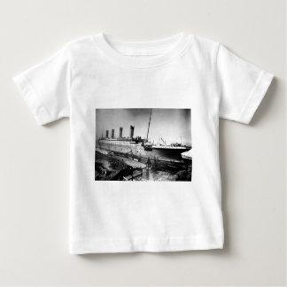 original titanic picture under construction baby T-Shirt