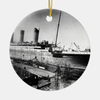 original titanic picture under construction ceramic ornament