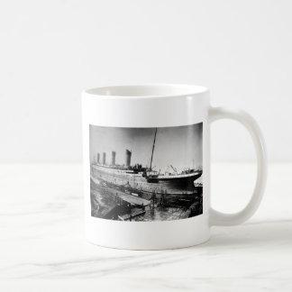 original titanic picture under construction coffee mug