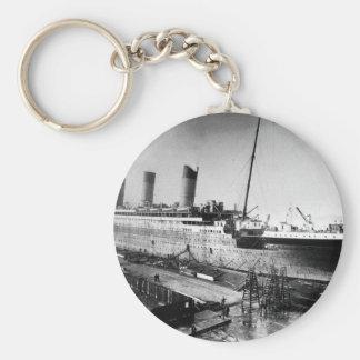 original titanic picture under construction key ring