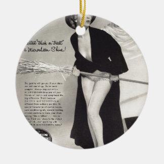 Original vintage halloween  (Griffin ads) Round Ceramic Decoration
