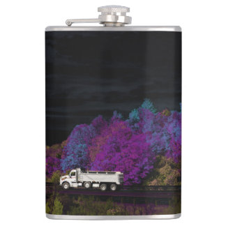 oscar leaves the party hip flask