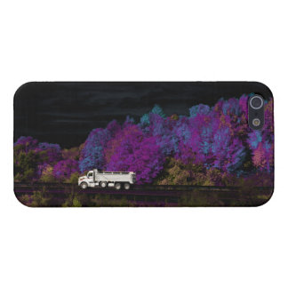 oscar leaves the party iPhone 5/5S cover