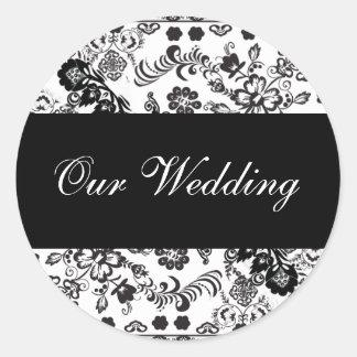 ourwedding classic round sticker