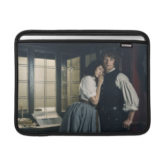 Outlander Season 3 | Jamie and Claire Affection Sleeve For MacBook Air
