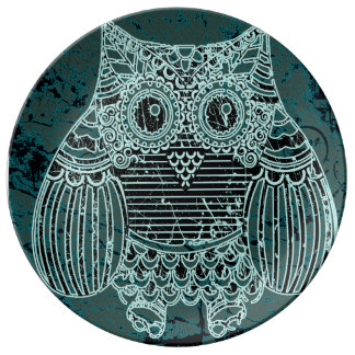 "Owl  10.75"" Decorative Porcelain Plate"