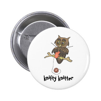 owl and yarn knifty knitter 6 cm round badge