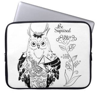 Owl - be surprised laptop sleeve