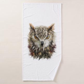 Owl Face Grunge Bath Towel