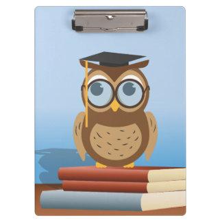 Owl illustration clipboards