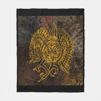 Owl Sharp Eye Fleece Blanket, Medium
