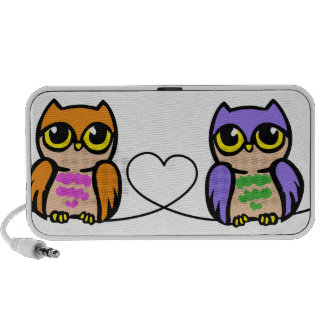 Owls And Heart Travel Speakers