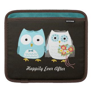 Owls Wedding - Bride and Groom with Custom Text iPad Sleeves