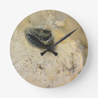 Oysters Round Clock