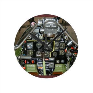 P-51 MUSTANG ROUND CLOCK