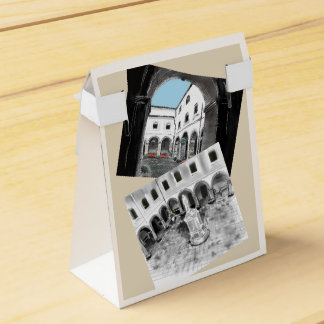 PACKAGE - COLLEGE SAN ANTONIO FAVOUR BOX