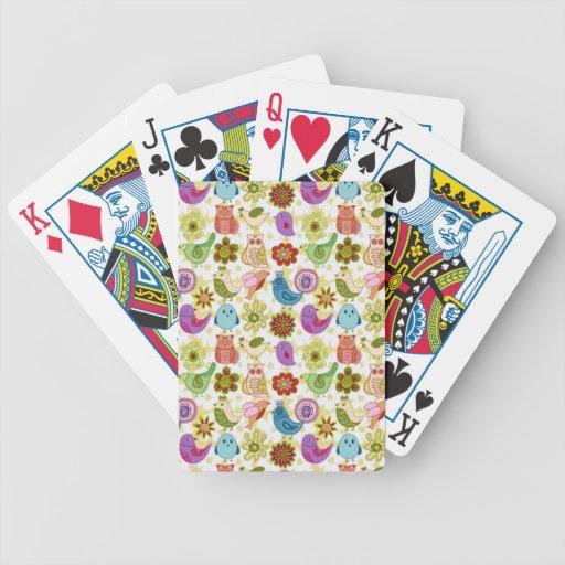 padrão divertido de flores e passaros poker deck