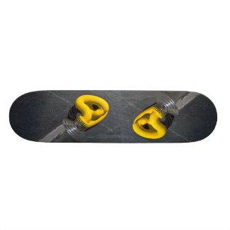 Paint tube 21.6 cm old school skateboard deck