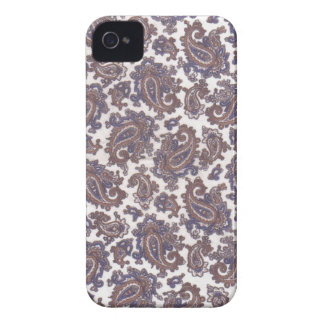 Paisley White and Gold Blackberry Bold Cover
