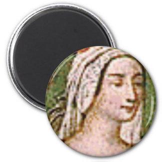 pale fair queen magnet