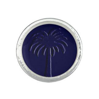 Palmetto Blue Palm Design