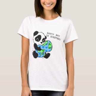 Panda hugs the earth / earthday T-Shirt