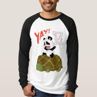 Panda yay! T-Shirt