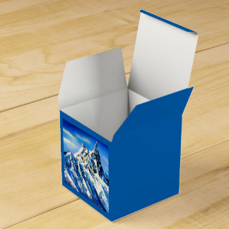 Panoramic View Of Everest Mountain Peak Favour Box