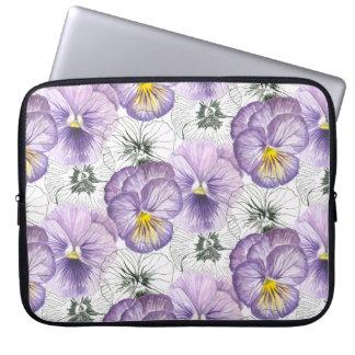 Pansy pattern laptop sleeve