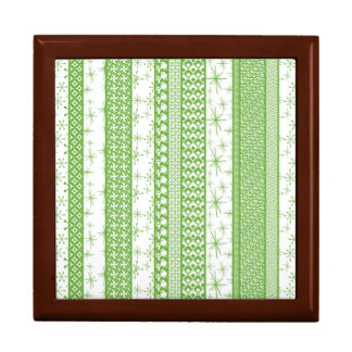 "Pantone's ""Greenery"" with Retro Pattern Stripes Gift Box"