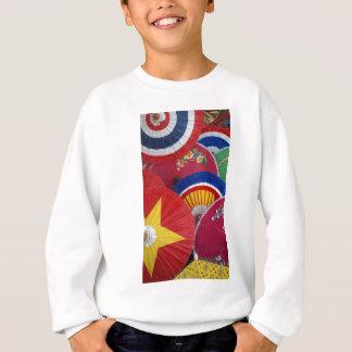 paper umblella sweatshirt