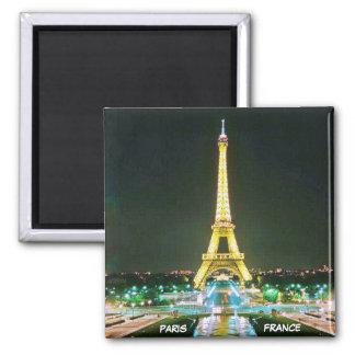 PARIS, FRANCE SQUARE MAGNET