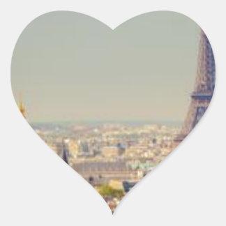 paris-in-one-day-sightseeing-tour-in-paris-130592. heart sticker