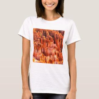 Park Hoodoos Formations Bryce Canyon Utah T-Shirt
