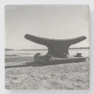 Passe-partout mounting marine, black and white stone coaster