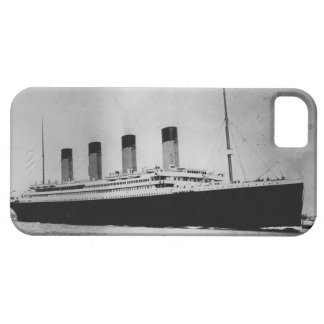 Passenger Liner Steamship RMS Titanic iPhone 5 Cases